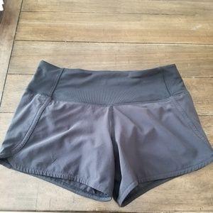 Lululemon black shorts size2